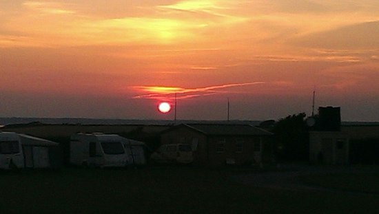 Bolberry House Farm Caravan and Camping Farm: Sunset at Bolberry Farm campsite