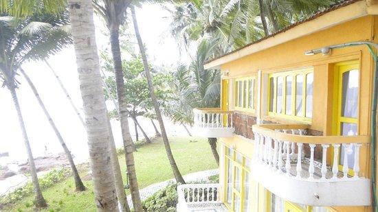 Bambolim Beach Resort: Sea facing cottage No. 1