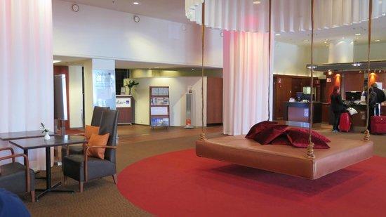 Radisson Blu Seaside Hotel, Helsinki: Hall