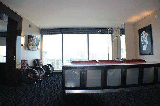 Elara by Hilton Grand Vacations: Living Room - Day