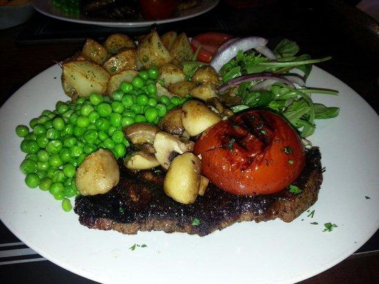 The Archer Public House: 10oz rump steak