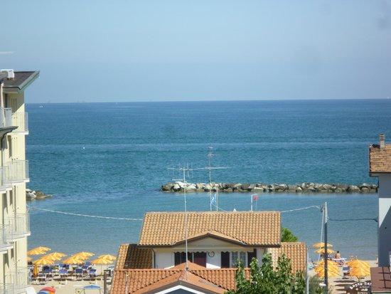 Hotel Tre Pini : il mare a due passi