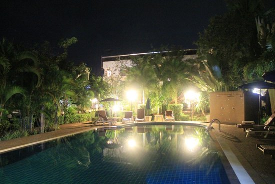 Thip Residence Boutique Hotel: Pool