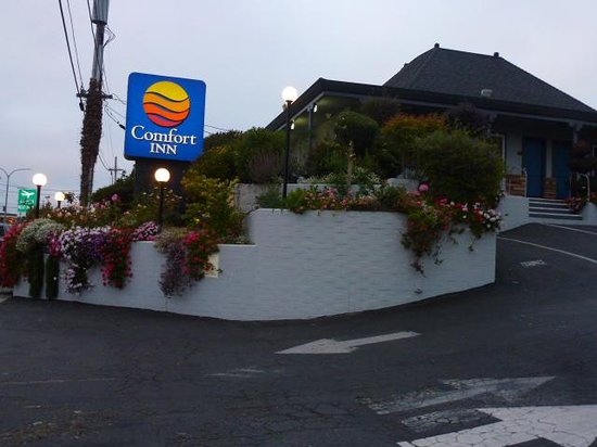 Comfort Inn Monterey Bay : front entrance