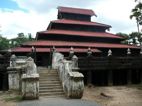 Bargaya Monastery : monestry