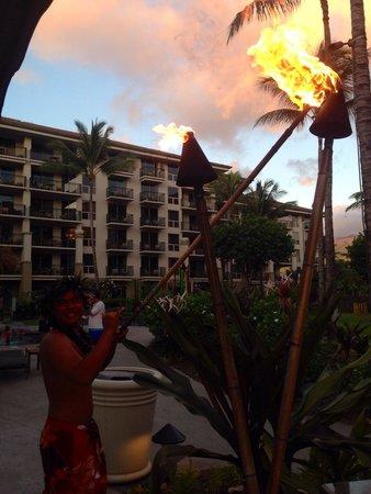 The Westin Kaanapali Ocean Resort Villas: Tiki lighting everynight