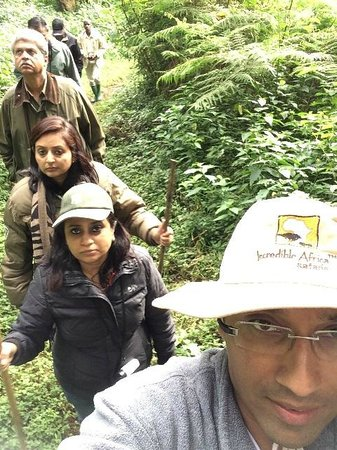 Serena Mountain Lodge: Forest walk...