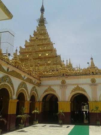 Mahamuni Pagoda: Pagoda