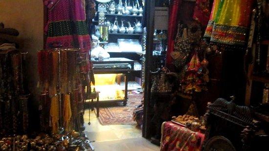 Souk Madinat Jumeirah : Boutique et marchand