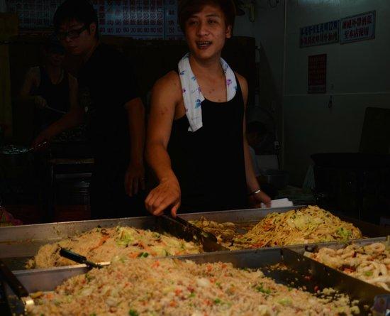 Beitou Hot Spring: beitou market, taipei