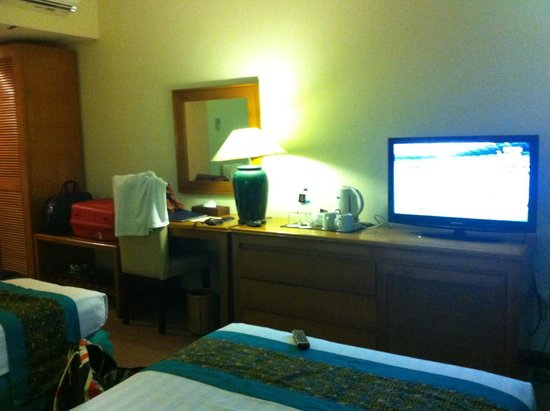 Weta International Hotel: tv area