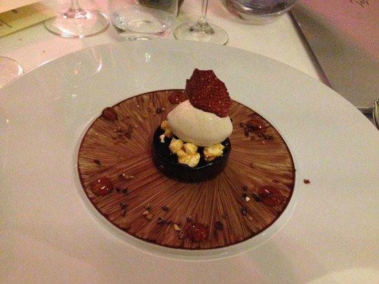 Bellevue: delicious chocolate desert