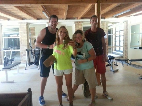 Bella Beach Hotel: Gym time with the animation team