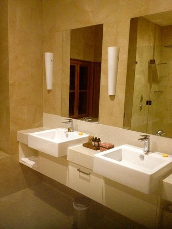 Spicers Vineyards Estate: Bathroom