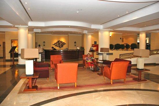 Porto Santa Maria Hotel: Lounge v/h hotel