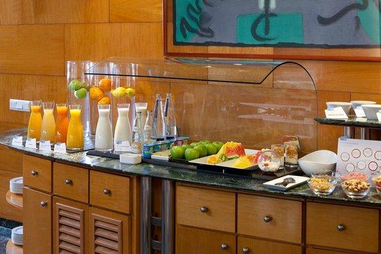 NH Barcelona Entenza: Breakfast Buffet