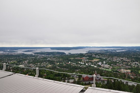 Museo de Esquí Holmenkollen y Torre del trampolín: panorama dalla cima di Holmenkollen