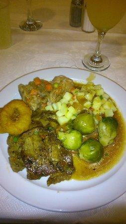 Globales Tamaimo Tropical: standard food