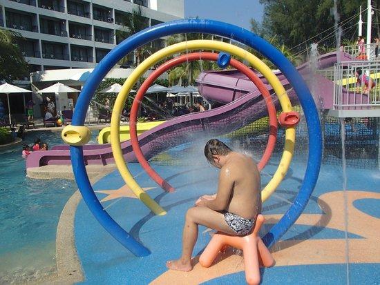 Hard Rock Hotel Penang : Wet playground !!
