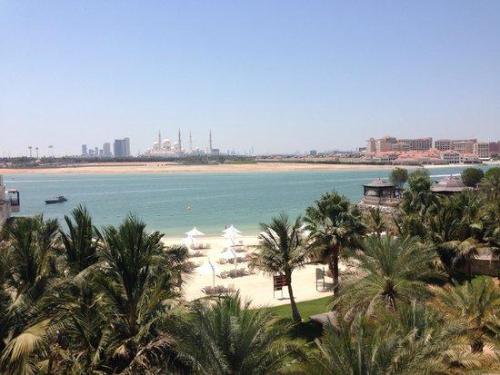 Shangri-La Hotel, Qaryat Al Beri, Abu Dhabi: Stunning view