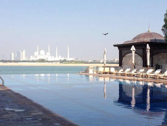 Shangri-La Hotel, Qaryat Al Beri, Abu Dhabi : View from breakfast table