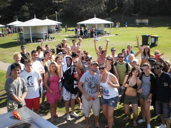 Base Backpackers: Base Sydney FREE Activities: Beach Aussie BBQ Day
