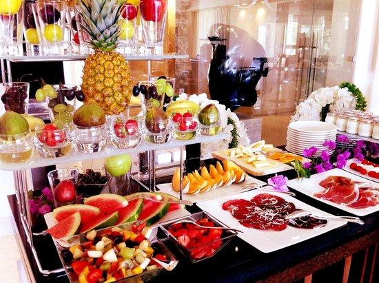 Hotel Don Cesar : Buffet fruits petit déjeuner