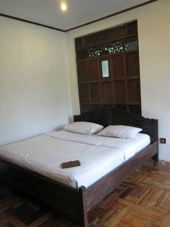 Sapu Lidi Resort: bed room