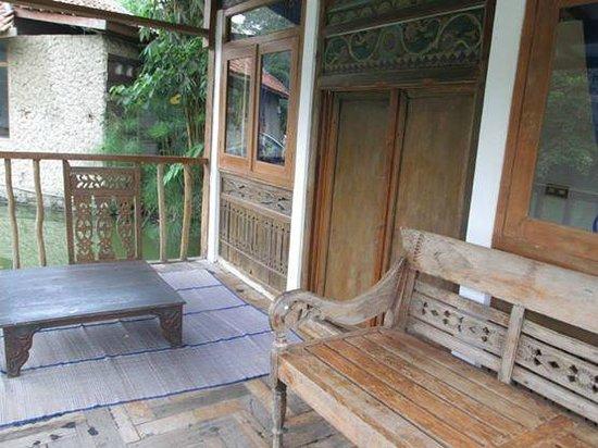 Sapu Lidi Resort: balcony