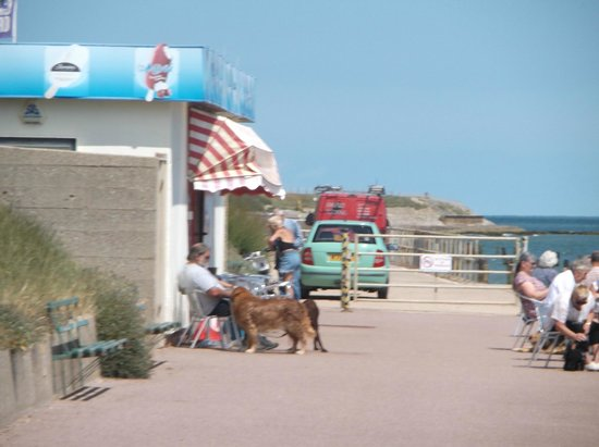 Nan's Kiosk: A great location with great sea views.