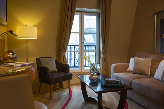 Renaissance Paris Vendome Hotel: One Bedroom Suite