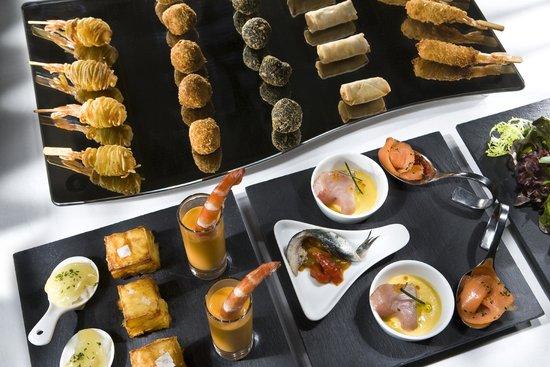 NH Collection Villa de Bilbao: Desayuno - Breakfast
