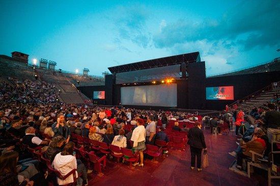 Arena di Verona: Мюзикл Ромео и Джульетта на сцене Арены ди Верона