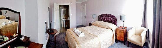 The Anglesey Hotel: Room 301 - Solent View