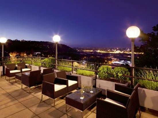 NH Prague City: Terrace