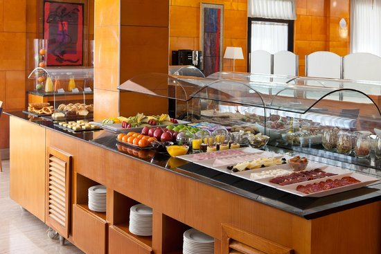 Leonardo Boutique Hotel Madrid : BUFFET BREAKFAST