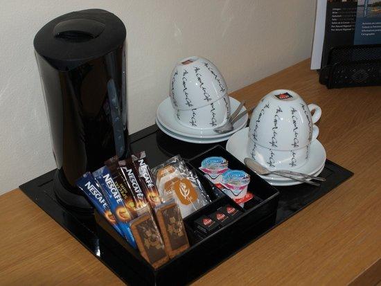 Le Bellerive : Tea Tray
