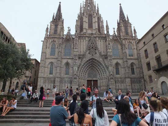 Hi. This is Barcelona... : Cathredal, and more than meets the eye...thanks to Jordan