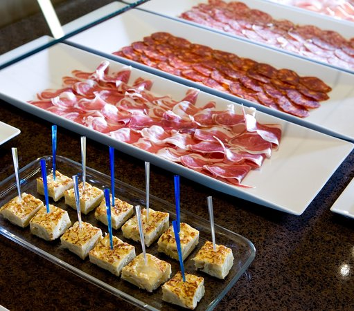 NH Madrid Las Tablas : Breakfast Buffet