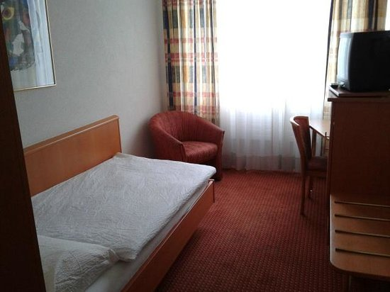 Alexander Hotel: particolare stanza