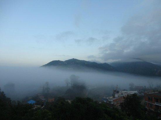 Mirabel Resort Hotel Pvt. Ltd.: Вид из отеля в 6 утра
