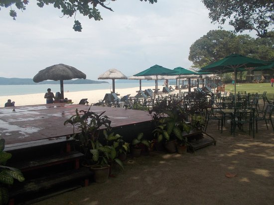Holiday Villa Beach Resort & Spa Langkawi: great to chill for a bit