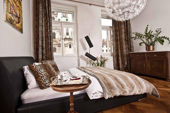 Malostranska Residence: Family Apartment
