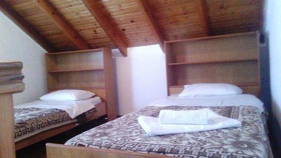 Tassos Apartments: Спальня
