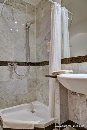 Hotel Asgard: Badezimmer Meereswarte