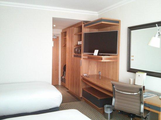 DoubleTree by Hilton Hotel Dublin - Burlington Road: Room