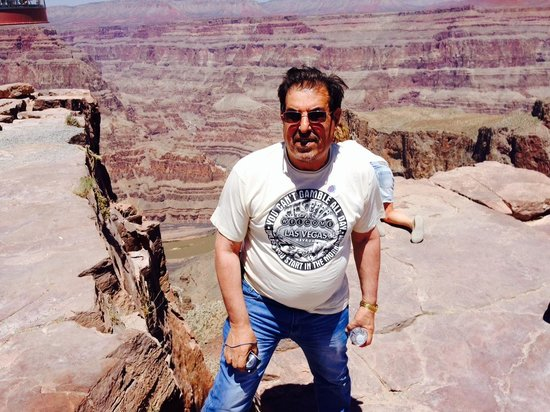 SWEETours, Inc.: At the Grand canyon