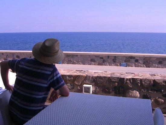 Residence NerOssidiana: с балкона
