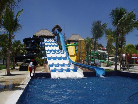 Memories Splash Punta Cana: Excellent Water Park - Camakaze superb