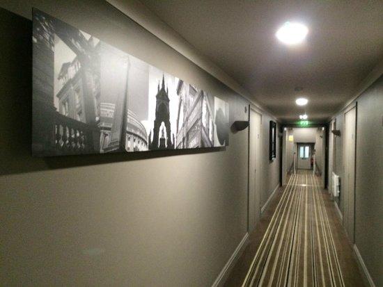 Citadines South Kensington : Couloir